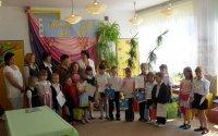 Dzieci recytują wiersze