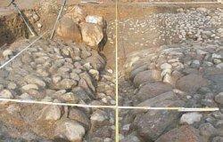 Kamienny bruk z I. Poł. XIX wieku odkryty na starym rynku w Biskupcu